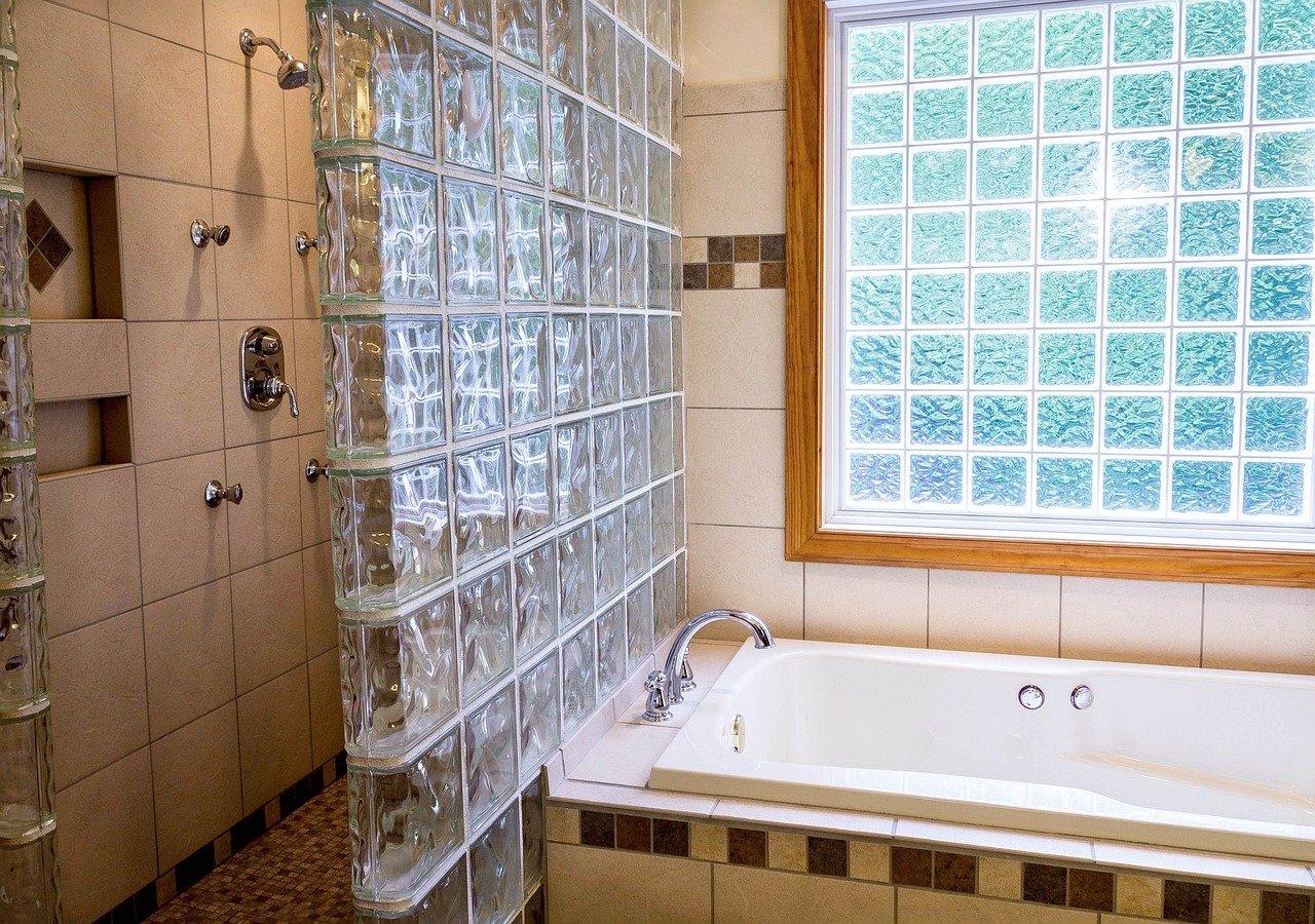 fuite sous baignoire